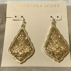 🆕Kendra Scott Addie Gold Drop Earrings